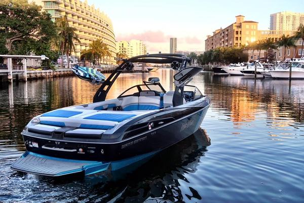 Used Malibu Wakesetter 25 LSV High Performance Boat For Sale