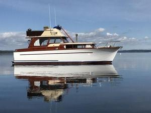 Used Monk FB/ Express Antique and Classic Boat For Sale