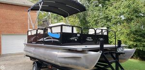 Used Bentley 160 Cruise Pontoon Boat For Sale