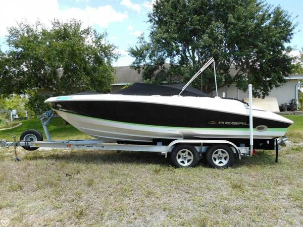 Used Regal 2200 BR Bowrider Boat For Sale