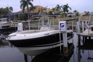 Used Hydra-Sports Vector 2500 CC Saltwater Fishing Boat For Sale