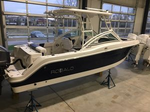 New Robalo R247 Cruiser Boat For Sale