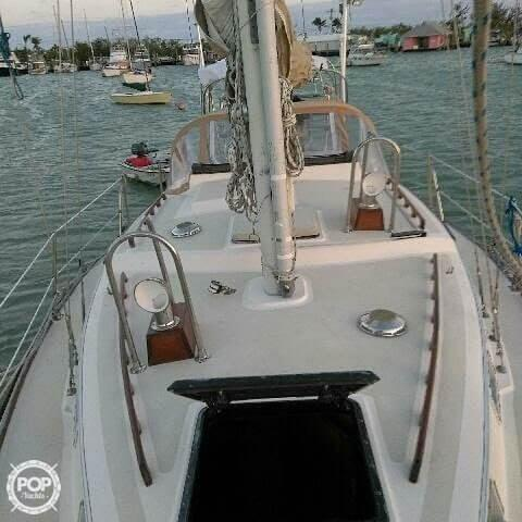 Used Allmand 31 Racer and Cruiser Sailboat For Sale
