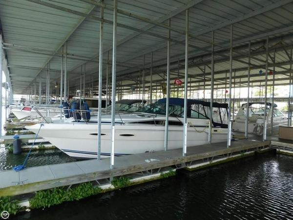 Used Sea Ray 300 DA Express Cruiser Boat For Sale