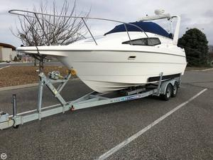 Used Bayliner 2655 cierra Express Cruiser Boat For Sale