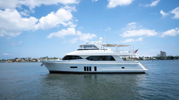 Used Ocean Alexander Flybridge Boat For Sale
