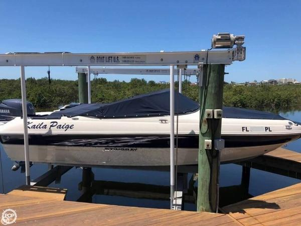 Used Stingray 204 LR Bowrider Boat For Sale