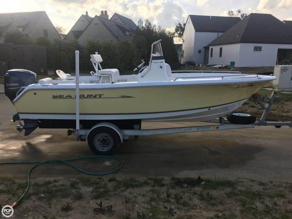 Used Sea Hunt 188 Triton Center Console Fishing Boat For Sale