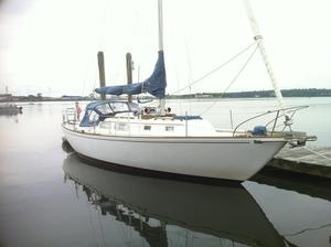 Used Pearson 35 Cruiser Sailboat For Sale