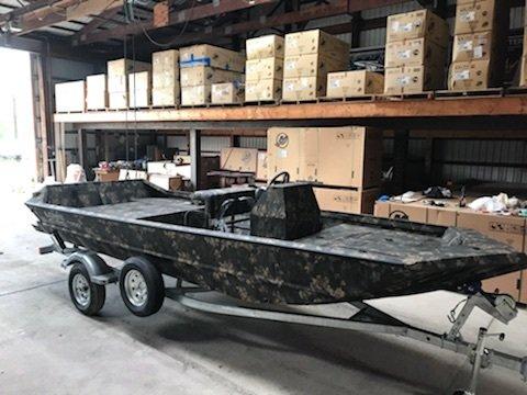 New Lowe Roughneck 1860 Pathfinder HEAVY DUTY .125 Gauge Hull Jon Boat For Sale
