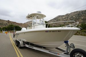 Used Everglades 230 Center Console Center Console Fishing Boat For Sale