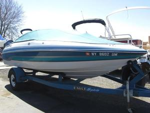 Used Chris-Craft 18 Concept Cruiser Boat For Sale
