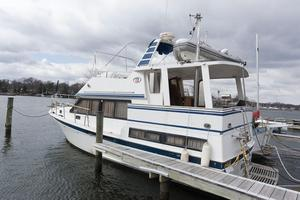 Used Bestway 40 Aft Cabin Motor Yacht For Sale
