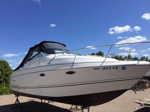 Used Chris-Craft 232 Crowne Cruiser Boat For Sale