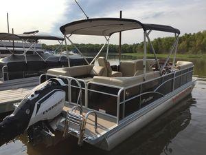 Used Manitou 25 Aurora LE RF VP - Black Pontoon Boat For Sale