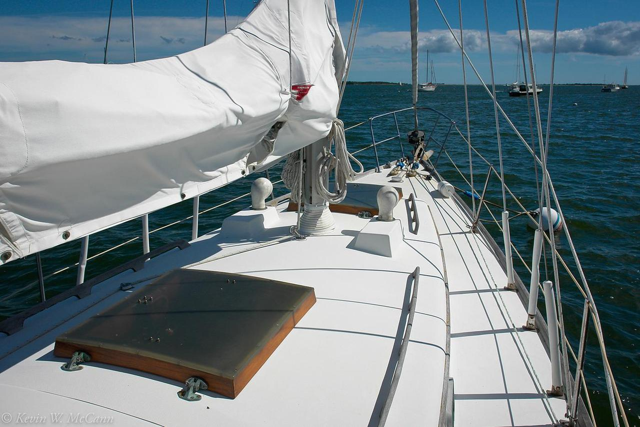 1981 Used Bristol 40 Centerboard Racer and Cruiser Sailboat For Sale
