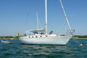Used Aloha 34 Racer and Cruiser Sailboat For Sale