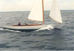 Used Herreshoff Buzzards Bay 25 Daysailer Sailboat For Sale