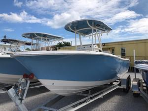New Sea Chaser 24 HFC Twin Center Console Fishing Boat For Sale