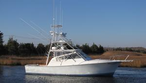 Used Henriques EL Bravo Express Cruiser Boat For Sale