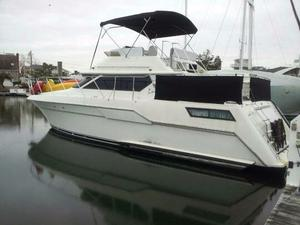 Used Wellcraft SAN REMO 43 Motor Yacht For Sale