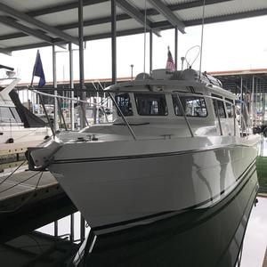 Used Ocean Sport Roamer 33 Saltwater Fishing Boat For Sale