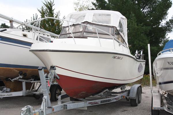 Used Mako 258 Cuddy Cabin Boat For Sale