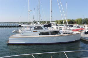 Used Huckins Atlantic 44 Express Cruiser Boat For Sale