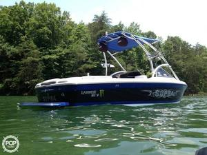 Used Supra Launch 21 V Ski and Wakeboard Boat For Sale