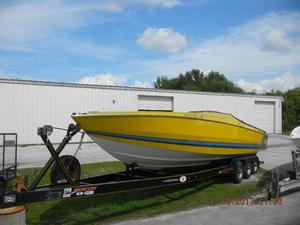 Used Cigarette 35 Cafe Racer High Performance Boat For Sale