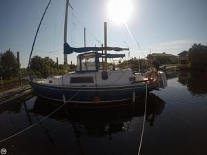 Used Irwin Yachts 32 Racer and Cruiser Sailboat For Sale