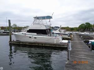 Used Bayliner 3270 Aft Cabin Boat For Sale