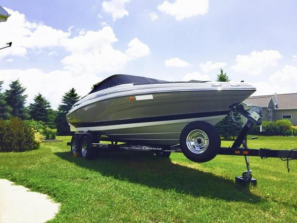 Used Crownline 215 SS Bowrider Boat For Sale