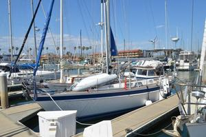 Used Hallberg-Rassy 42F Cruiser Sailboat For Sale