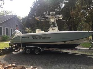 Used Triton 22 CC Center Console Fishing Boat For Sale