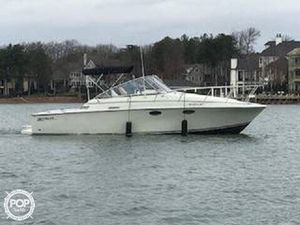 Used Trojan 9M Express Cruiser Boat For Sale