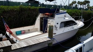Used Pacemaker 31 Convertible Sports Fishing Boat For Sale