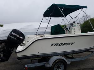 Used Trophy 1903 Center Console Center Console Fishing Boat For Sale