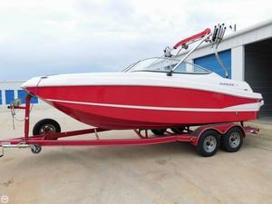 Used Rinker Captiva 210 MTX Bowrider Boat For Sale
