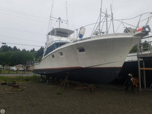 Used Uniflite 48 Combination Carrier Boat For Sale