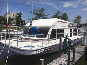 Used Gibson Sport House Boat For Sale
