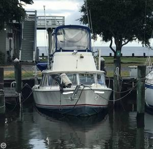 Used Bertram 31 FlyBridge Cruiser Antique and Classic Boat For Sale