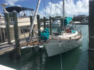 Used Hans Christian 33 Cruiser Sailboat For Sale