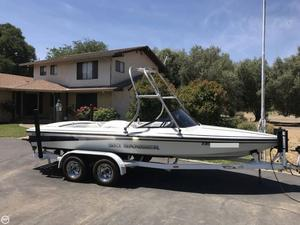 Used Sanger 20 DX II Ski and Wakeboard Boat For Sale