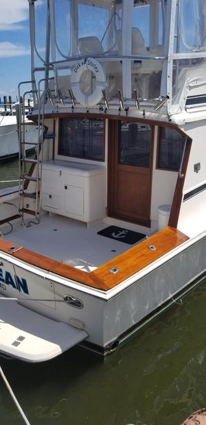 Used Pacemaker 37 Sportfisherman Sports Fishing Boat For Sale