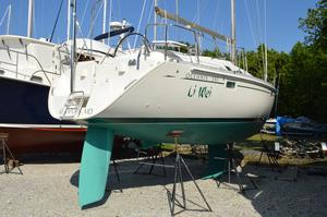 Used Beneteau 381 Cruiser Sailboat For Sale