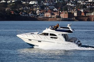 Used Sealine F33 Motor Yacht For Sale