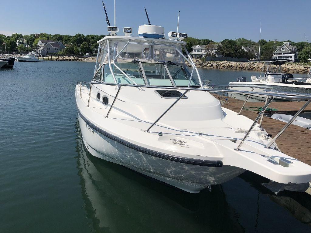 2000 Used Boston Whaler 28 Conquest Saltwater Fishing Boat