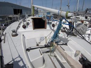 Used J Boats J/35 Cruiser Sailboat For Sale