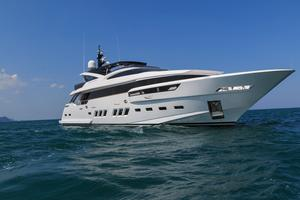 New Dreamline 35M Motor Yacht For Sale